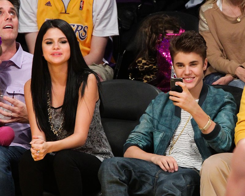 selena-gomez-justin-bieber-back-together